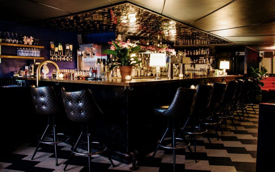 Real Estate Bar Crawl in New York City