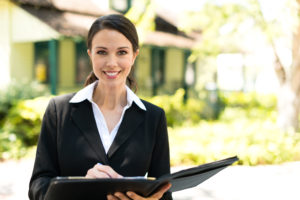 8 Vital Questions to ask before hiring a Sellers Listing Agent